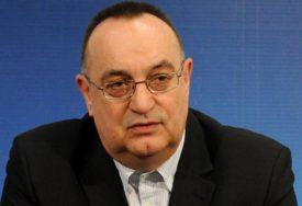 Davidović o dešavanjima u CRNOJ GORI: Samo u primitivnim društvima DRŽAVA OSNIVA CRKVU