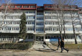 UVEČE SE VRŠI DEZINFEKCIJA Topić: Studentima nije ograničena sloboda kretanja