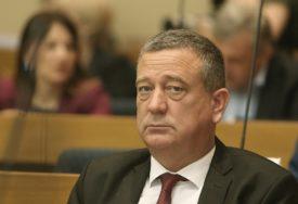 SDS Prijedor napustio koaliciju sa SNSD: Političko ubistvo ili SLUČAJNA GREŠKA KOVID TESTA
