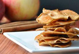 JEDNOSTAVNA I ZDRAVA POSLASTICA Evo kako da napravite čips od jabuka