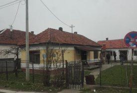ZLOČIN NA KUĆNOM PRAGU Muškarac ubijen u svom domu, tijelo pronašao komšija