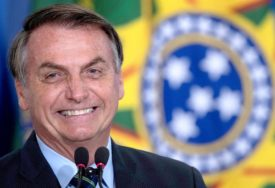 """""""VIRUS UBIJA, ALI I GLAD"""" Bolsonaro poručio da je bitnije održati ekonomiju nego uvesti karantin"""