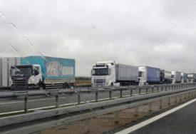 ZNATNO MANJE ČEKANJE NA IZLAZU IZ BiH Hrvatska ukinula policijsku pratnju za kamione