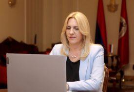 SPREMNI ZA PREDSTOJEĆE IZBORE Cvijanović: SNSD daje pečat razvoju svih opština i gradova Srpske
