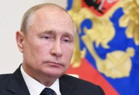 LJUDI VJERUJU LIDERU RUSIJE Raste popularnost i kredibilitet Vladimira Putina