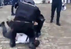 POTRESNO Crnogorski specijalci BACILI NA ZEMLJU opštinara iz Budve, pa mu klekli na vrat (VIDEO)