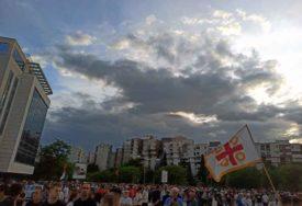Mitropolija odbacila optužbe: Crkva se NE BAVI stranačkim predizbornim temama