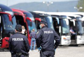 HRVATSKA SE PREDOMISLILA Božinović: Sutra se UKIDA SAMOIZOLACIJA za građane BiH