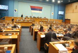 CRNA GORA NA DNEVNOM REDU Poslanici Srpske u klinču i prije rasprave o deklaraciji