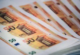 FILMSKA PREVARA Bankar ukrao više od POLA MILIONA EVRA od klijenata