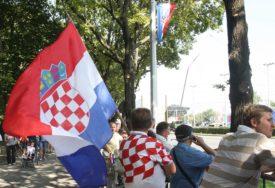 NOVA ANTISRPSKA PORUKA Glasače u Splitu dočekao grafit sa odvratnom prijetnjom ženama i djeci (FOTO)